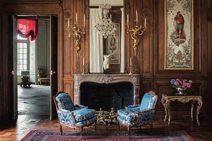 Chateau de Villette library