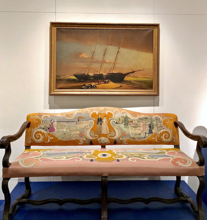 Nantucket settee in the NHA loan exhibit at the 2019 Winter Show