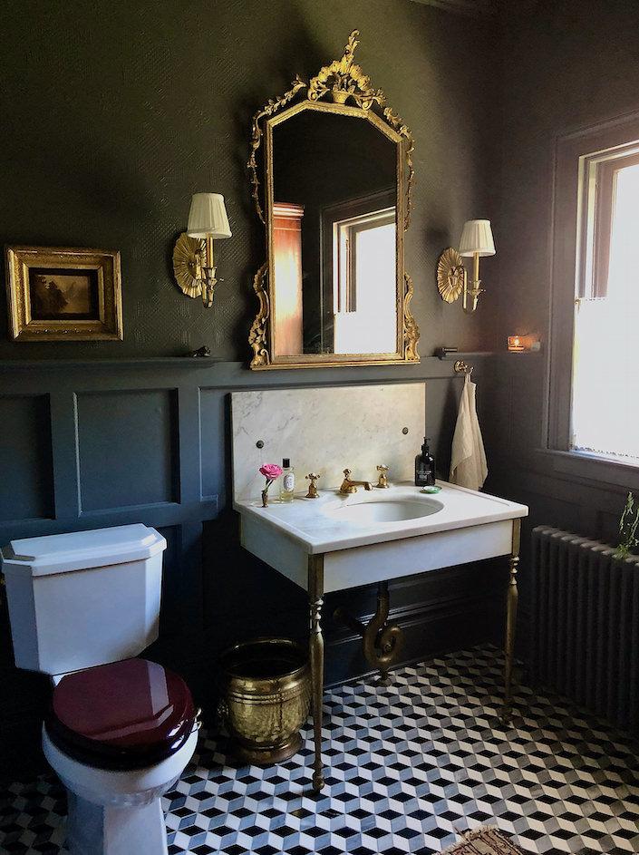 Susan and Will Brinson powder room via Quintessence