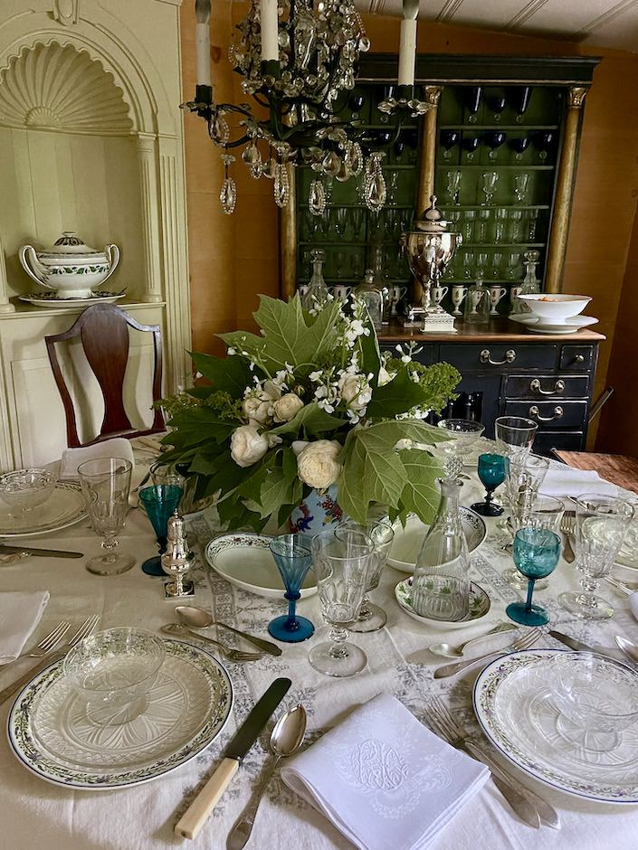 Stamps and Stamps dining room via Quintessence