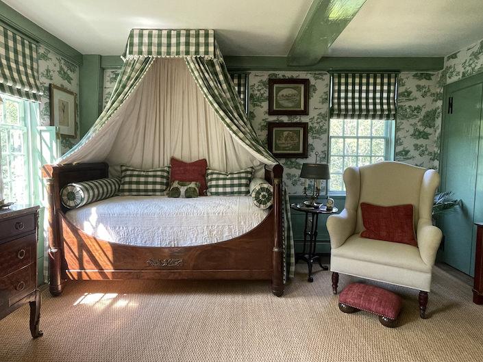 Bedroom at River Road Farm