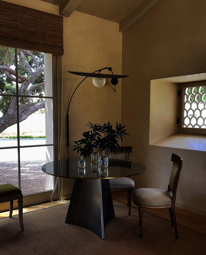 Suzanne Rheinstein Montecito living room via Quintessence
