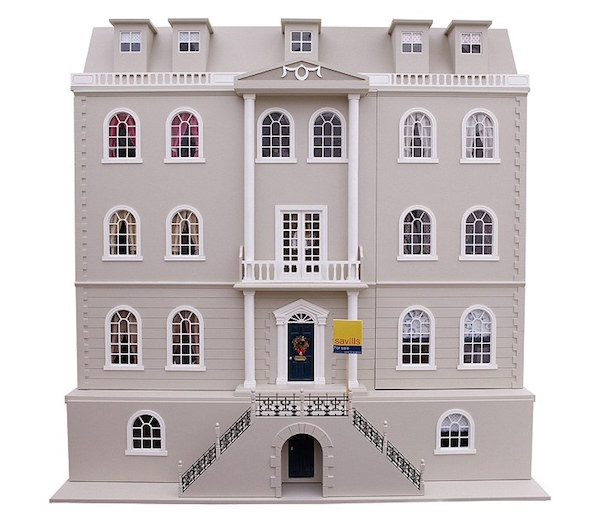 Walton Park doll house