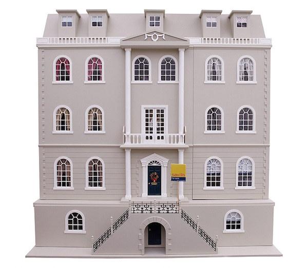 Walton Park dollhouse
