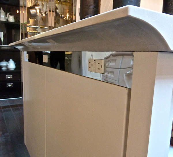 Caesarstone Counter Overhand In Kitchen Of The Year