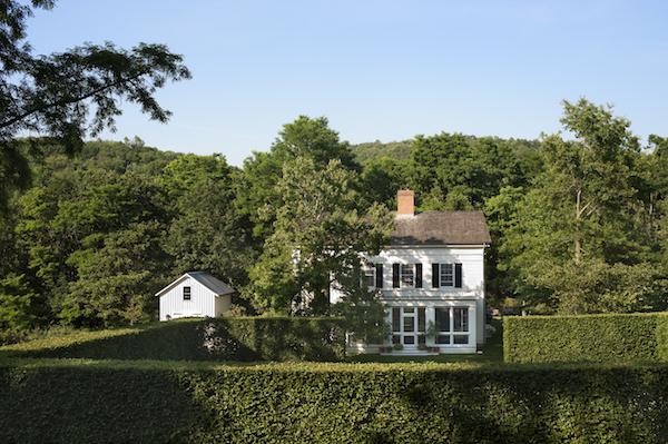 Gils Schafer west garden at Middlefield