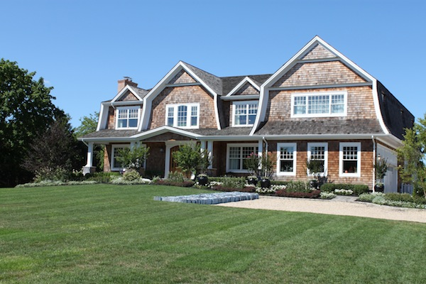 2012 Hamptons Designer Showhouse Shingle house by Grande Design Residential