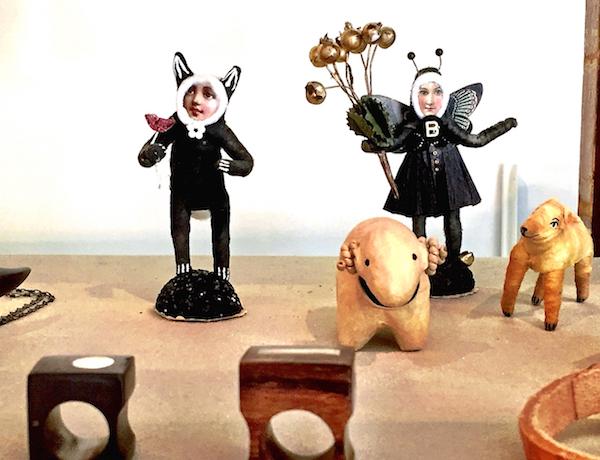 figures at scrub oak nantucket