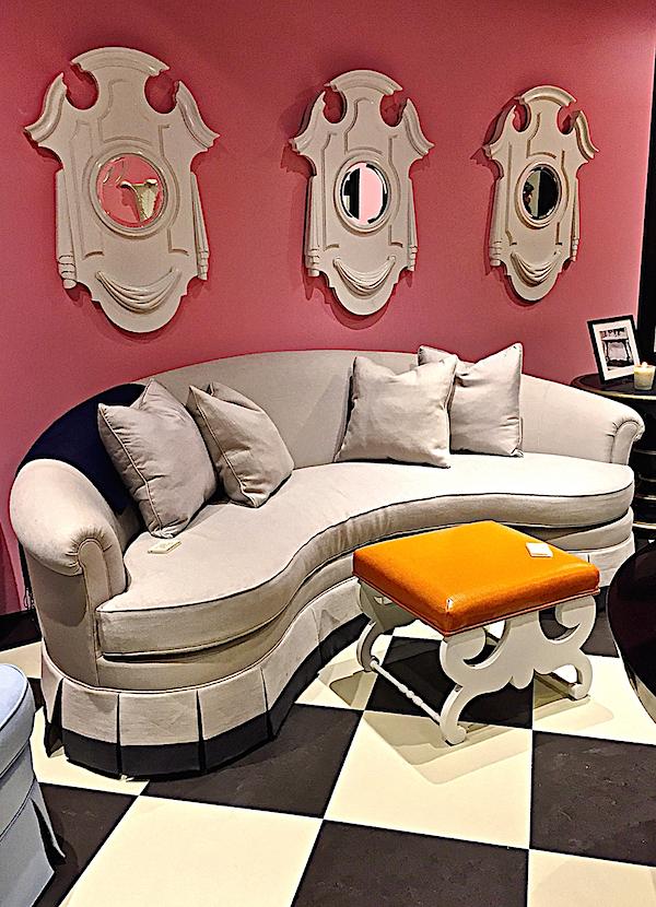 Kindel Dorothy Draper Dorotheum Sofa