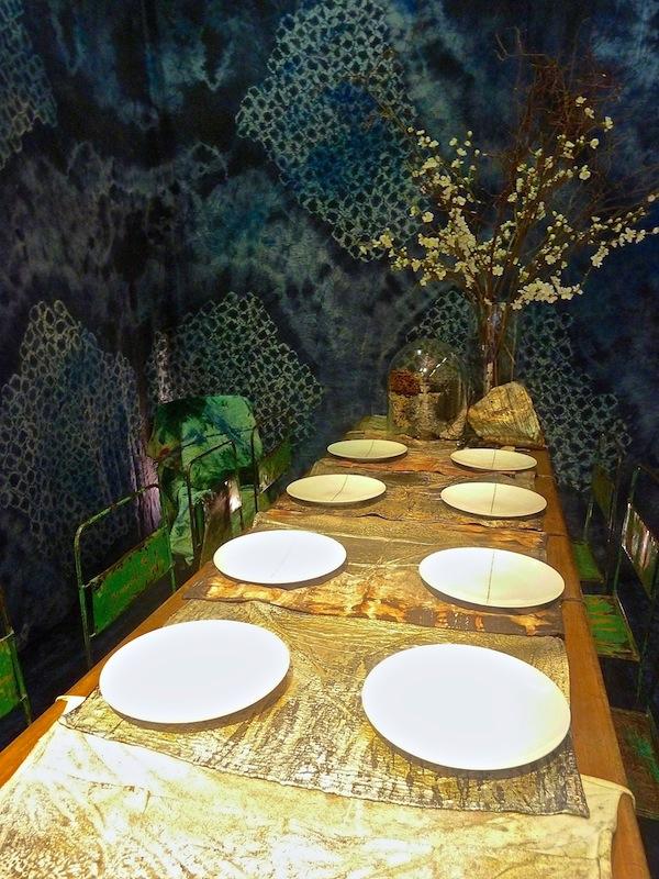 Maya Romanoff DIFFA dining by design tabletop