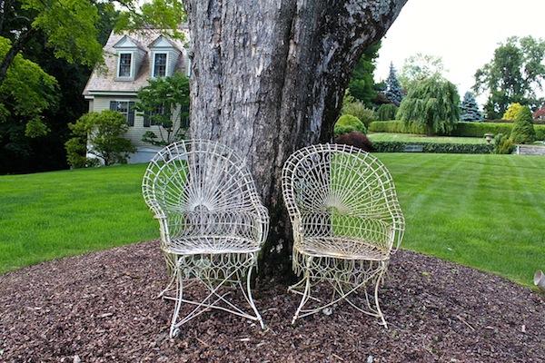 Mayflower Inn vintage wire chairs