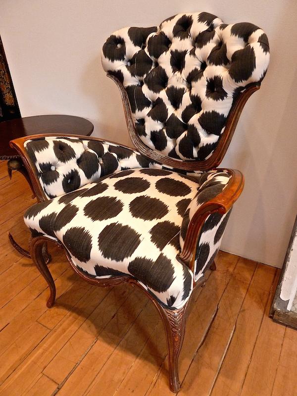 Madeline Weinrib black Mu Ikat Vintage Slipper Chair