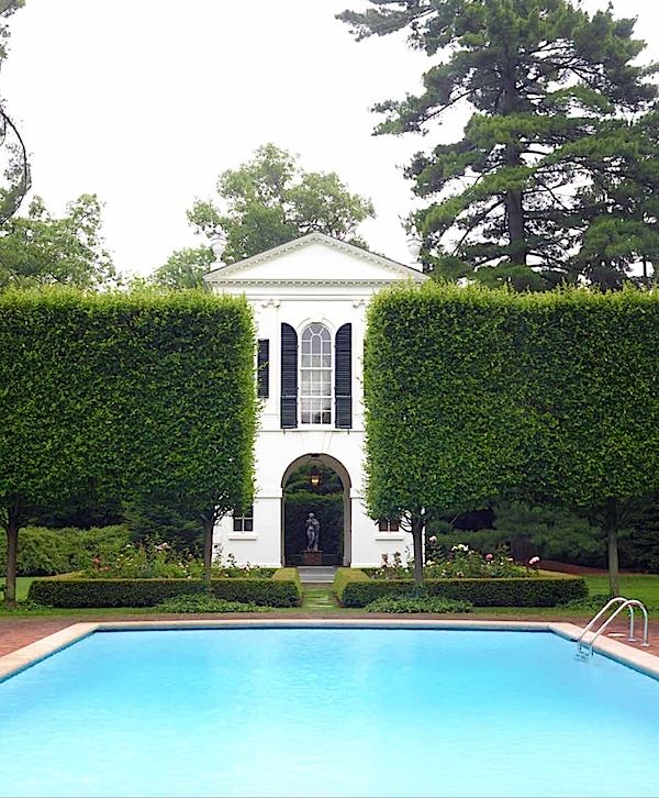 Peggy & Jack Crowe garden in Outstanding American Gardens