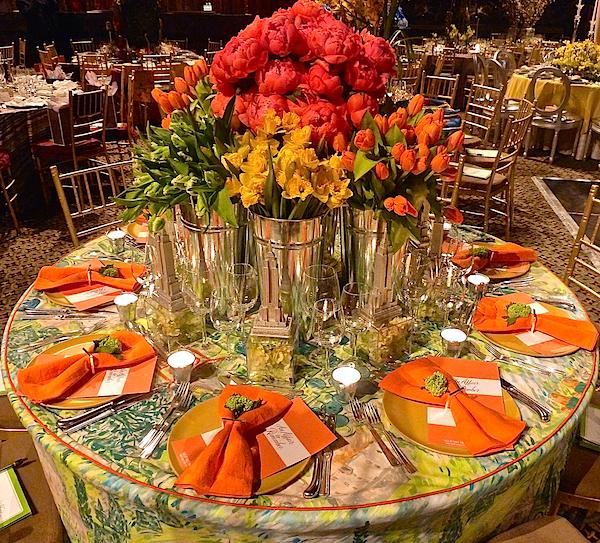 Roric Tobin for Geoffrey Bradfield Lenox Hill gala table