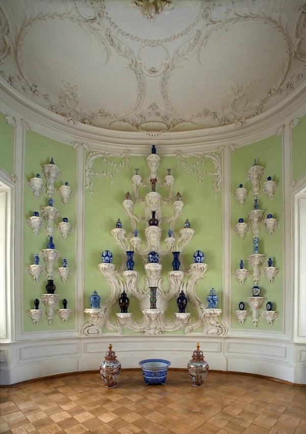 Rundale Palace porcelain cabinet