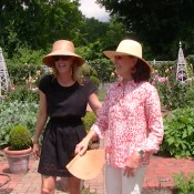 Susanna Salk and Carolyne Roehm at Home in the Garden
