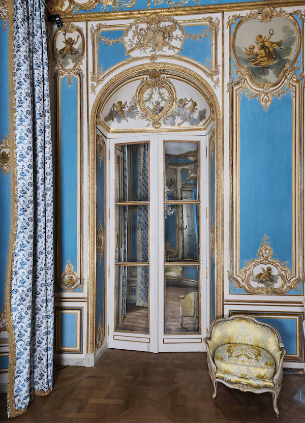 18th century at the Louvre, l'Hôtel Dangé-Villemaré drawing room